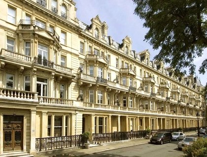 3 bedroom Apartment to rent in Cambridge Gate-List223